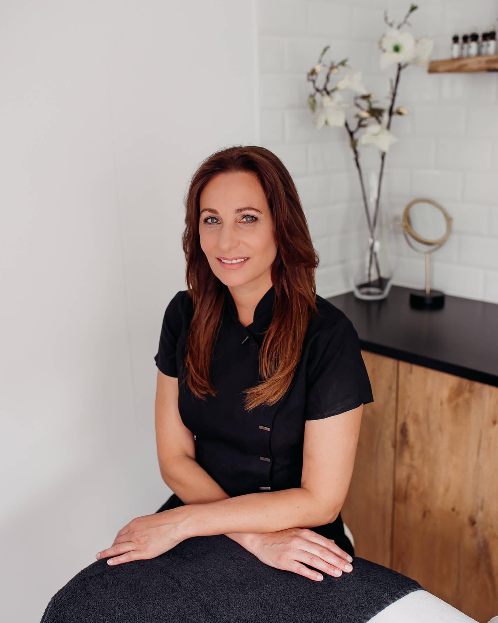 Salon no 83 Shirley Schoonheidssalon Purmerend Huidverbetering Gezichtsbehandeling Bindweefselmassage Voeding voedingsconsult vitaliteitsconsult