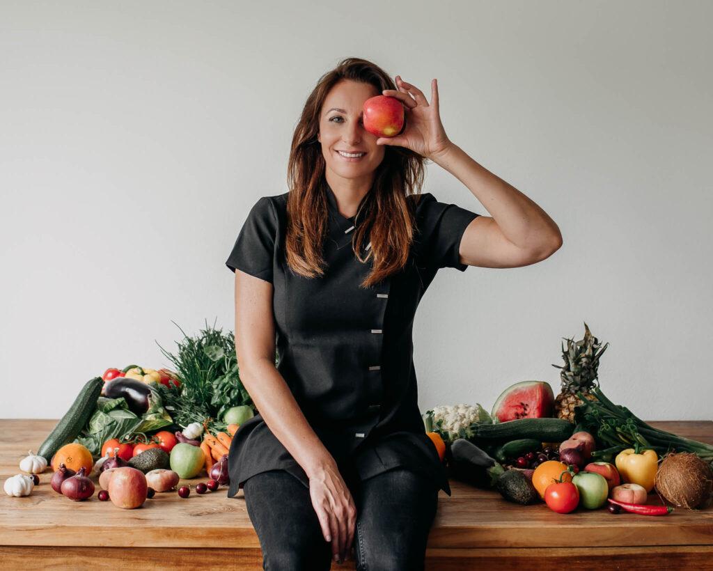 Salon no 83 Shirley Schoonheidssalon Purmerend Huidverbetering Gezichtsbehandeling Bindweefselmassage Voeding voedingsconsult vitaliteitsconsult voeding